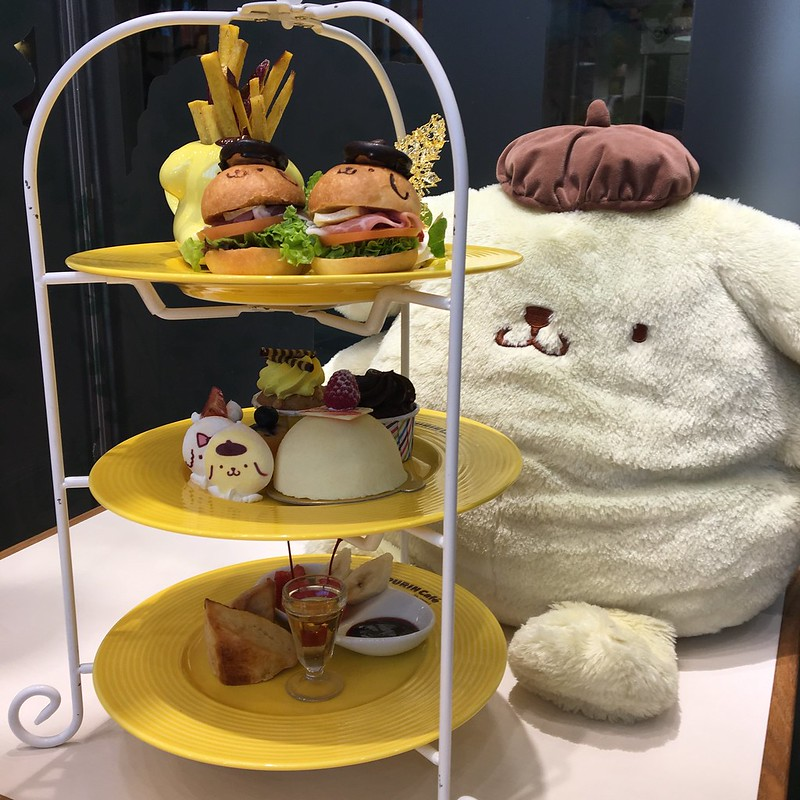 Theme Cafe Reviews: Pompompurin Cafe Orchard Central