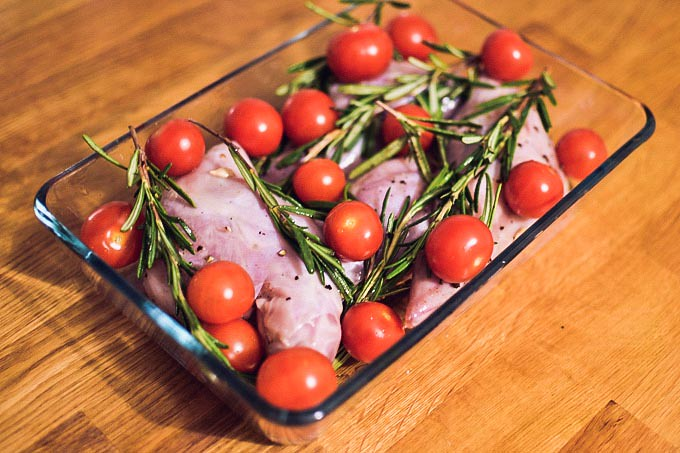 recipe_rabbit_with_tomato_and_rosemary-8