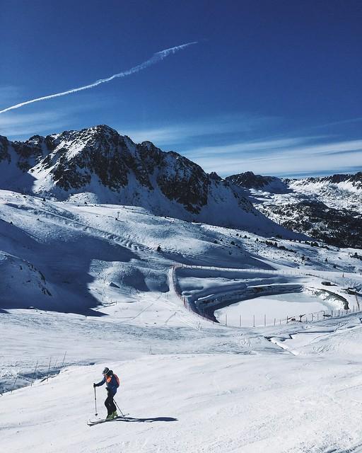 _ilcarritzi_nature_cabin_lakes_mountain_ocean_ski_grand_valira_