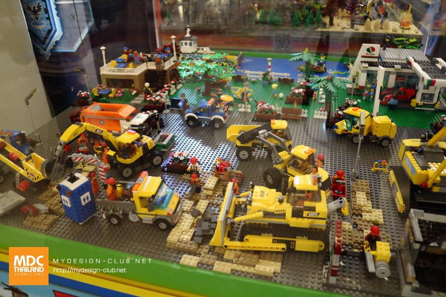 LEGO-2017-13