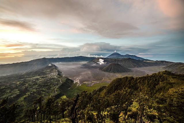 Vivitar Wide-Angle 17mm f/3.5………………….印尼爪哇 婆羅摩火山