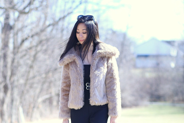 BananaRepublicFauxFurCoat_SydneysFashionDiary