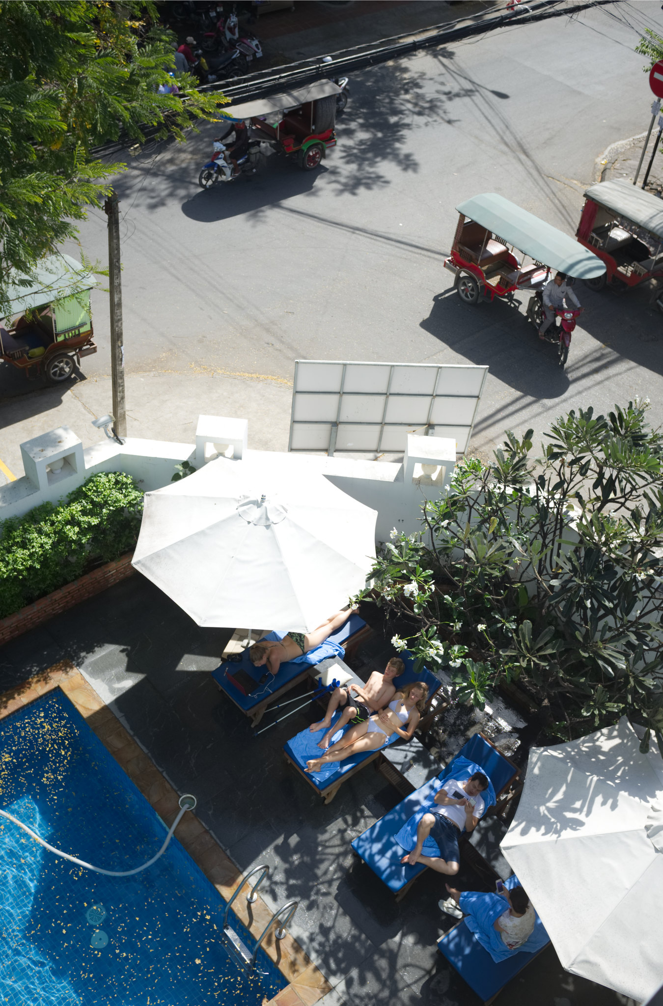 Pool Blue Corner Hotel
