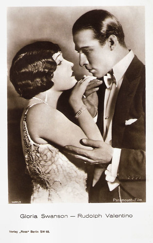 Gloria Swanson and Rudolph Valentino in Beyond the Rocks (1922)