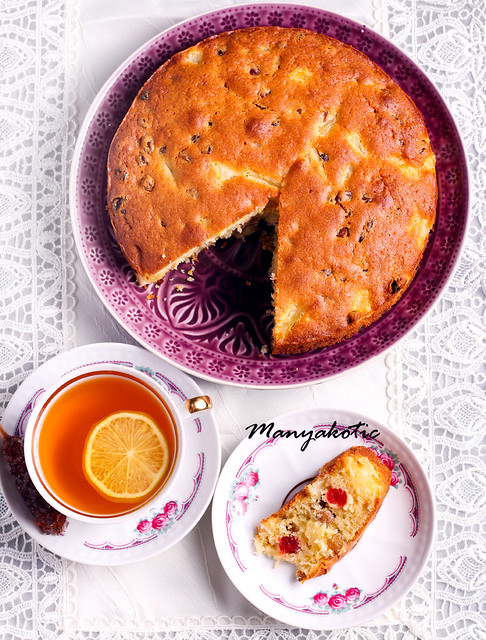 Pineapple, cherry and sultana cake