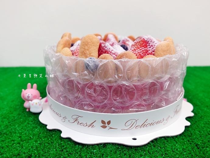 6 棒棒糖手工點心 愛妻草莓蛋糕
