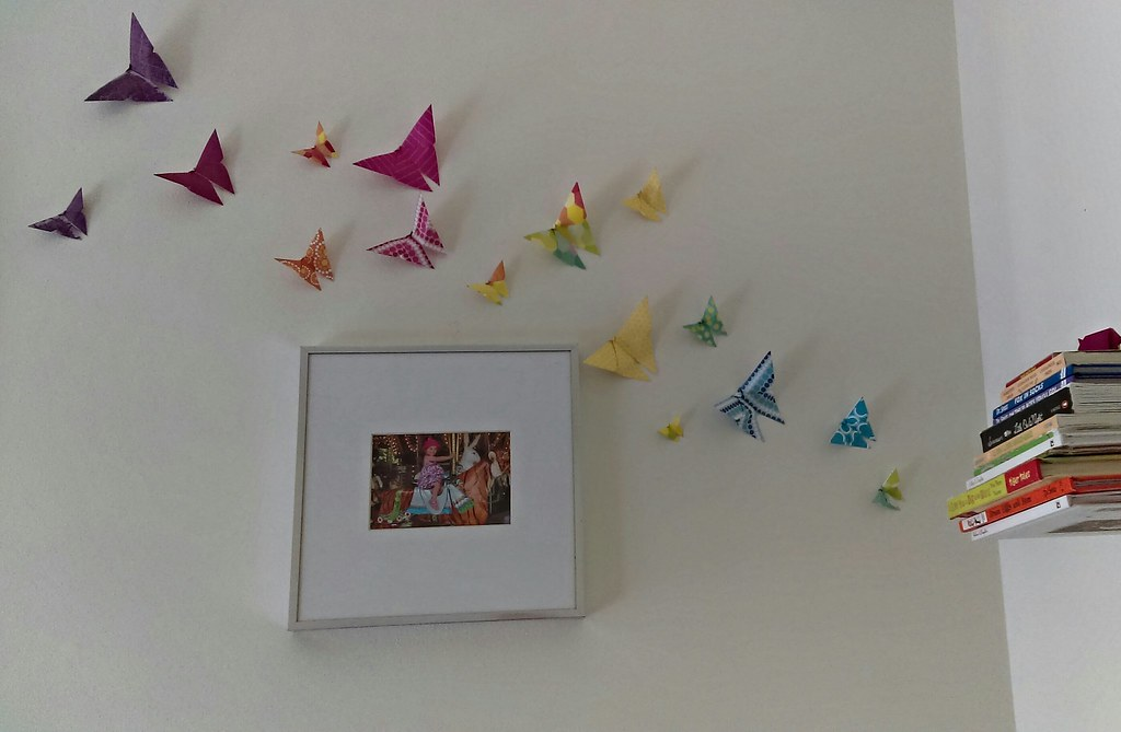 Simple Origami Butterflies DIY Wall Decor