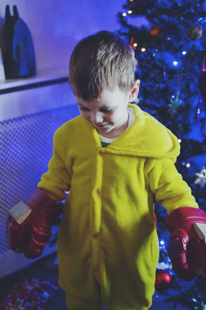 Christmas Day pikachu boxing