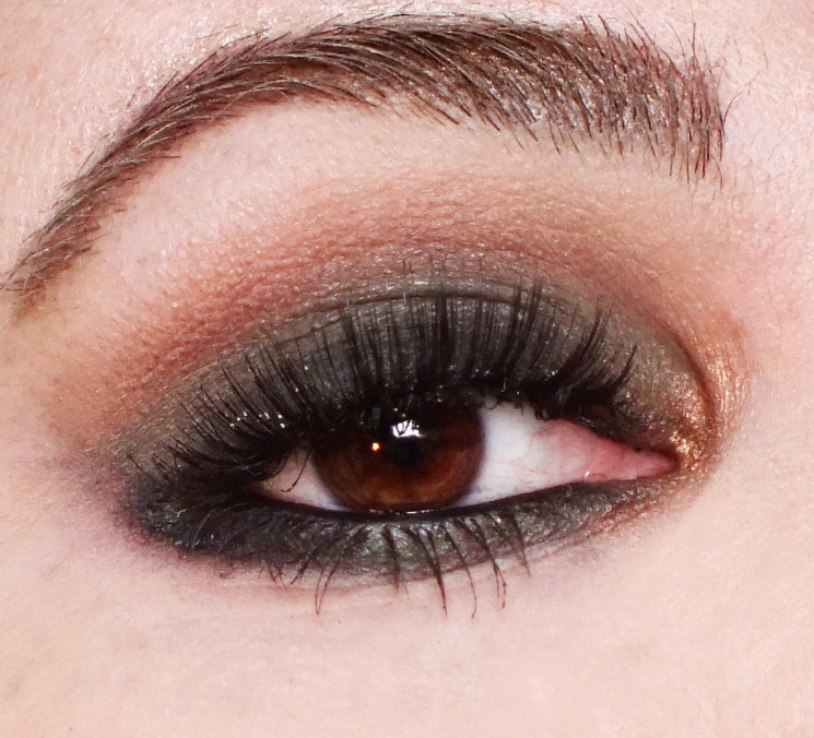 rodial smokey sculpt eyeshadow palette (1)
