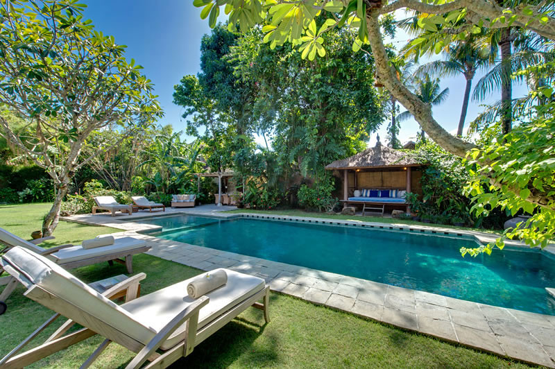 orchardhouse-pool-view
