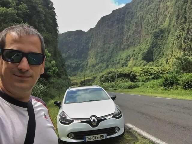Sele en Isla Reunión con coche alquilado en Sixt