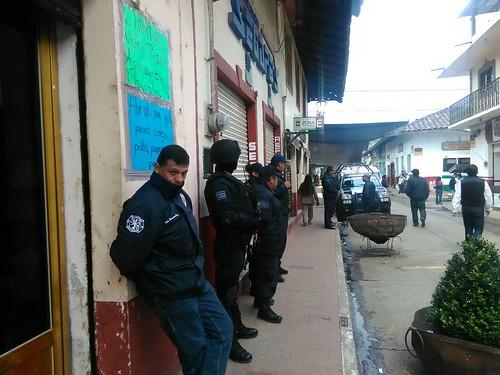 Acosa policía de Zacatlán 1