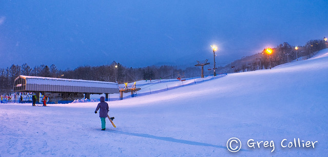 Furano night skiing.jpg