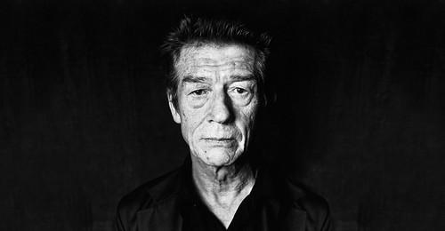 John Hurt - Photo 3
