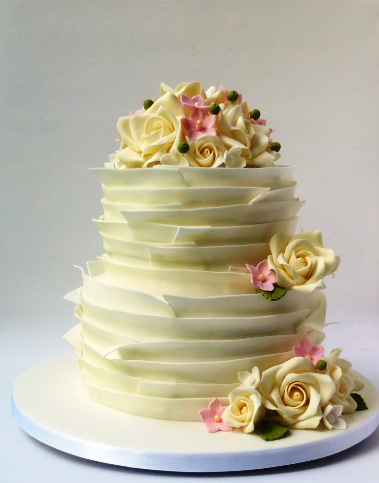 2 Tier White Ruffle Cake | 2 Tier White Ruffle Wedding Cake … | Flickr