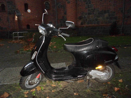 Vespa | by Claudia Sperlich
