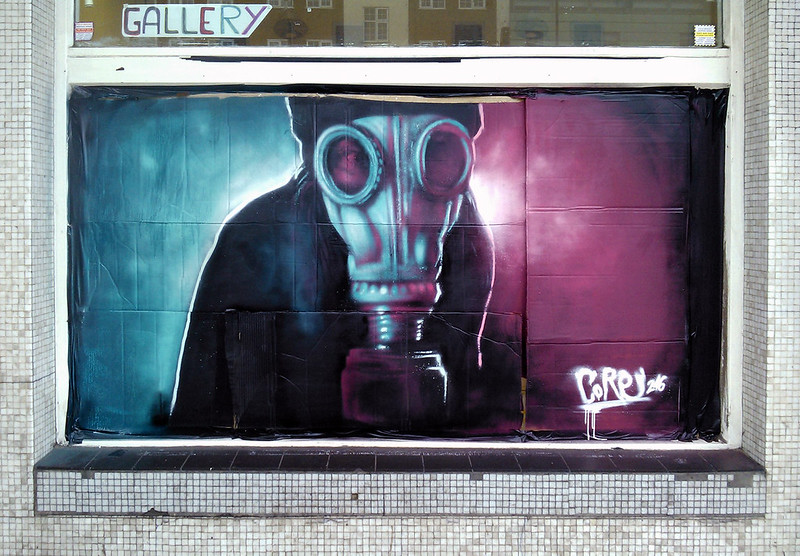 Core246_Graffiti_London_GasMask