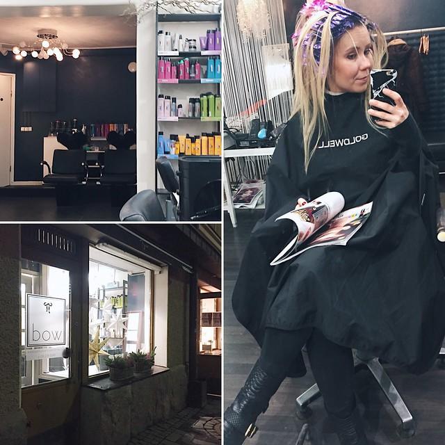 HairdresserSalonHelsinki,PC219839.jpgLightGrayBlondeHairNewHair, new year new hair, uusi vuosi uudet hiukset, cold blonde highlights, kylmän vaaleat raidat, hopea, silver, cold, kylmä, clear, kirkas, haircolor, hiustenväri, kampaaja, kampaamo, hairdresser, helsinki, hiukset, hair, kauneus, beauty, vaaleat hiukset, blonde hair, blond, hairstyling, hiusten muotoilu, kiharat, curls, pitkät hiukset, long hair,