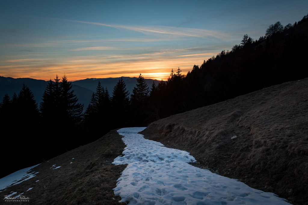 Redescente au coucher de soleil