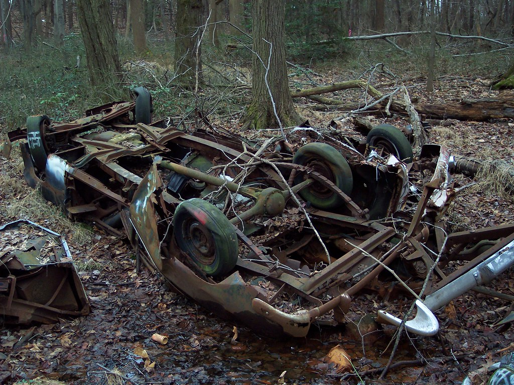 Junked cars found in the woods | Jeff Myers | Flickr