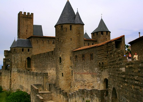 how to get to carcassone from bilbao
