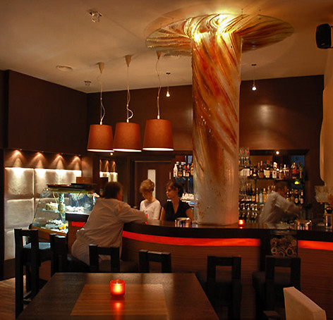 Coco Mokka Cafe interior | fused glass column decoration ...