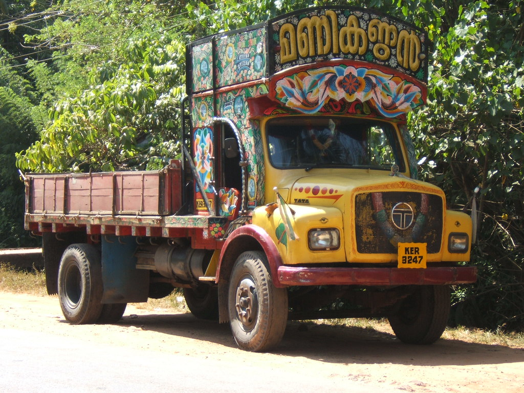 Wallpaper Red Black >> Colorful Indian lorry | c3z3dyk3 | Flickr