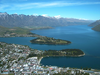 Queenstown and Lake Wakatipu - South Island - New Zealand - Nov 2004 | by GeordieMac Pics