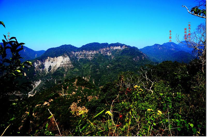 竹頭山山頂西北望