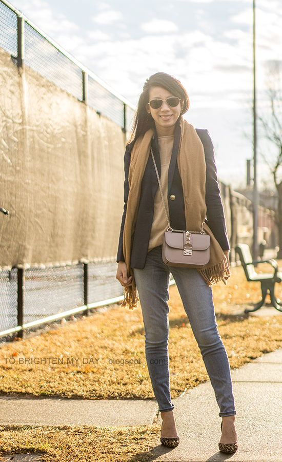 camel scarf, navy wool blazer, camel sweater tunic, nude crossbody bag, lightwash jeans, leopard pumps