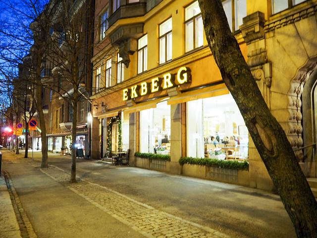 PC018673EkbergHelsinkiBulevardi.jpg,PC018674EkbergHelsinki.jpg, cafe ekberg, suomen vanhin kahvila, finlands oldest cafe, kuuluisa, famous coffe eplace, leipomo, konditoria, perinteikäs, tyylikäs, aamiainen, lounas, kahvila herkkuja, breakfast, lunch, cafe, bakery, patisserie, bulevardi, boulevard, helsinki, traditional, elegant suomi, kahvilat, best cafe, paras kahvila helsinki, cafe tips, kahvila vinkit,
