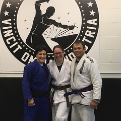 Why learn judo or wrestling when you can do both together! Great session with the factory takedown king and queen 💕 #freestylejudo #bjj #everydaywarrior #polish