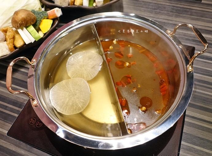 21 丰明殿 信義殿 超大肉盤 涮涮鍋 痛風海鮮盤