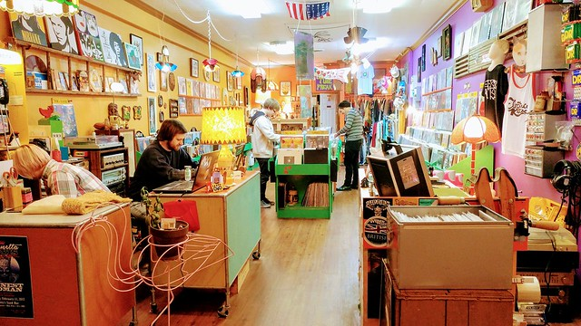 Electric Kitsch sparks downtown record shopping