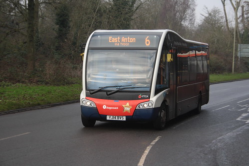 Stagecoach South 47924 YJ14BS