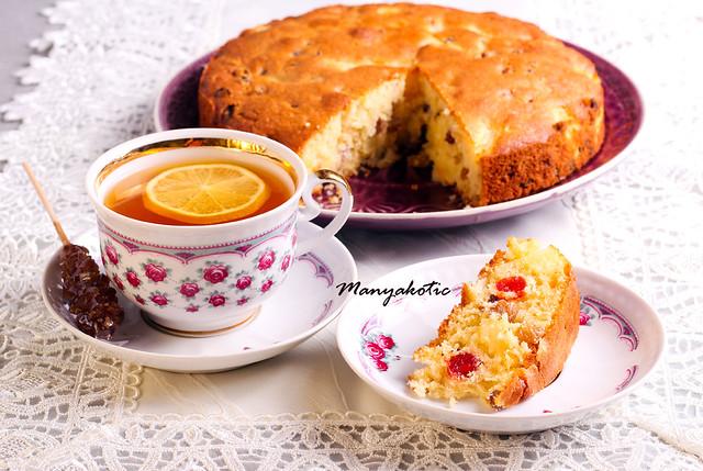 Pineapple, cherry and sultana cake
