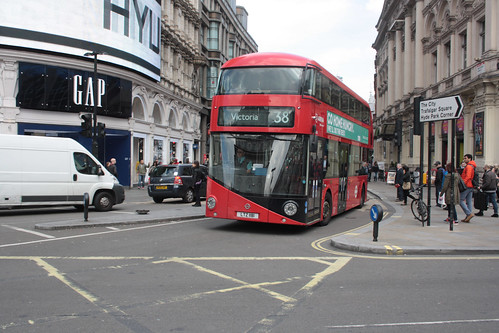 Arriva London North LT181 LTZ1181