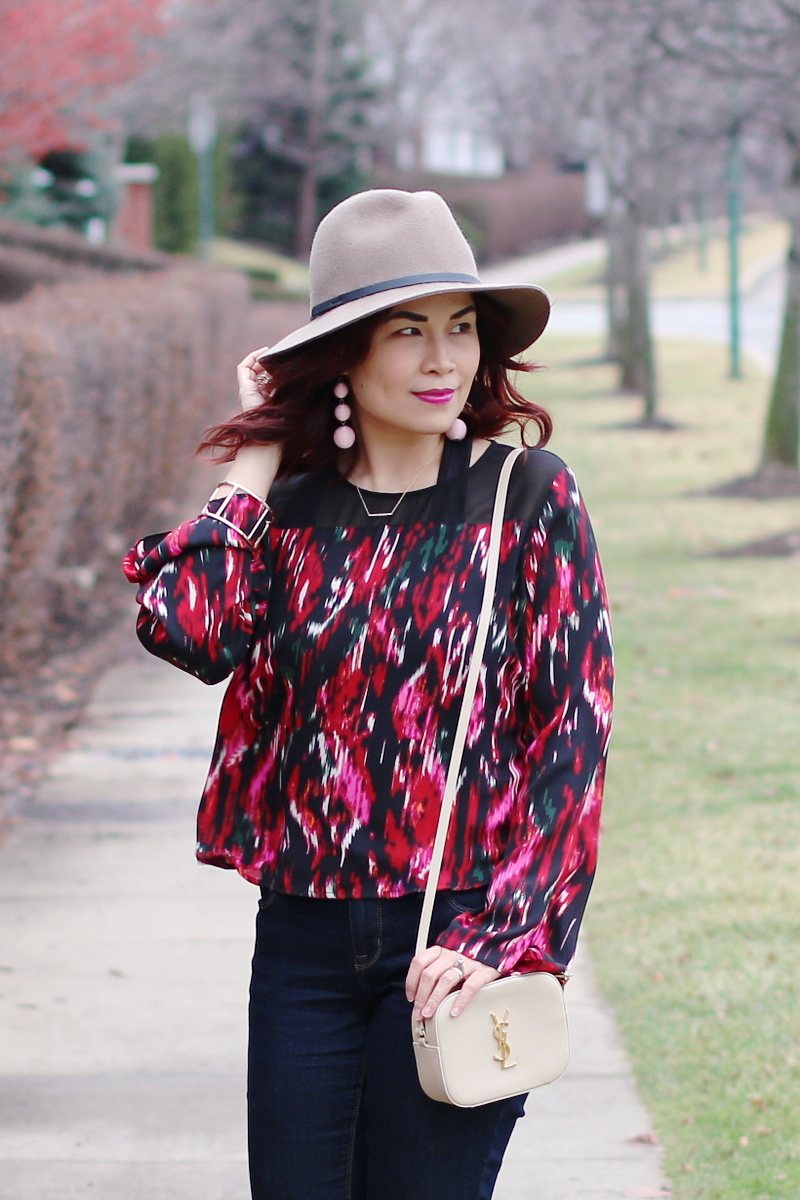 valentines-day-red-blouse-hat-2