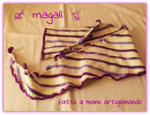 sciarpa panna-viola a triangolo (2)