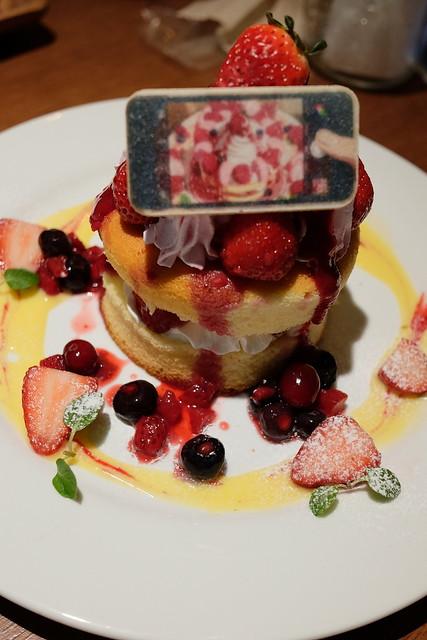 瀧と入れ替わった三葉も思わず写真を撮りたくなったパンケーキ 君の名は。カフェ@池袋パルコ 30