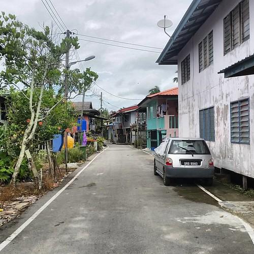 Cara Mendekorasi Lorong Rumah: Kampung Maludam..Lorong Rumah Sapa Tok.Sila Tag Lok.