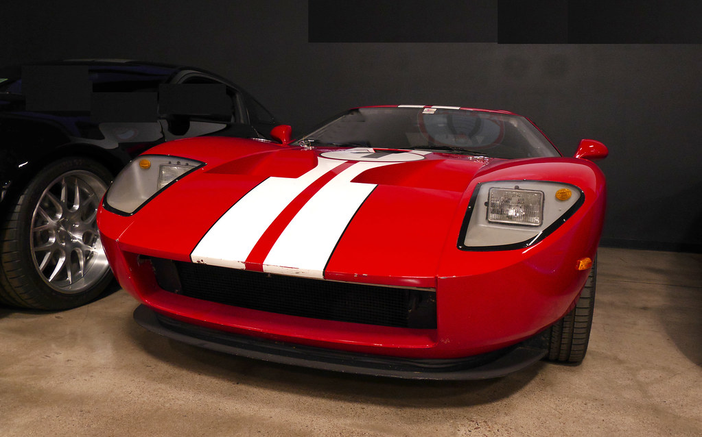 Looks fast..is fast....Ford GT. | Carroll Shelby Museum. Las… | Flickr