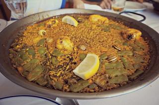 http://hojeconhecemos.blogspot.com.es/2015/10/la-muneca-valencia-espanha.html