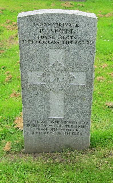 Abernethy War Grave 2