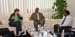 The US Ambassador to the UN calls on Governor