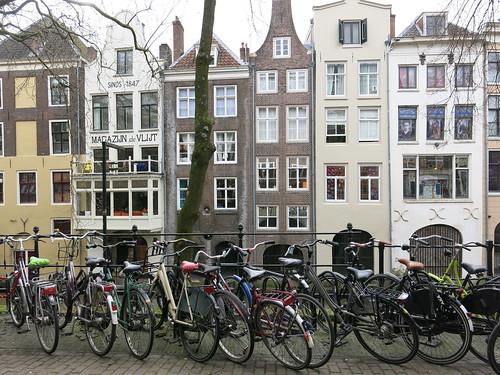 Amsterdam 679