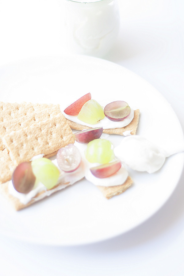 lite cheesecake dip and endless possibilities with #GrapesfromCA