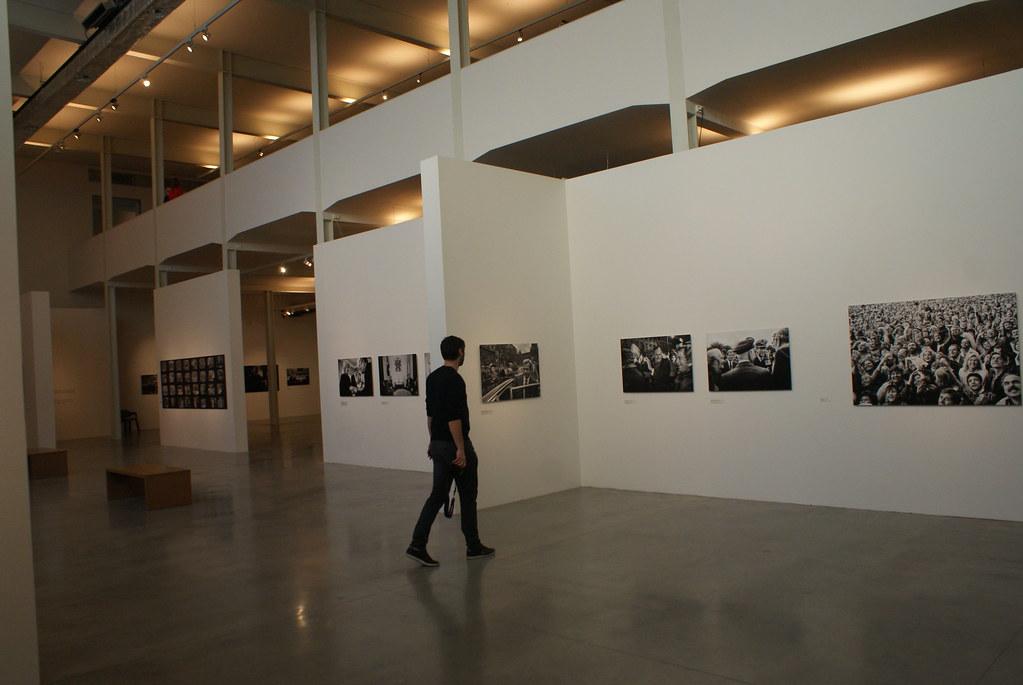 Expo sur Vaclav Havel dans l'espace d'art contemporain DOX à Prague.