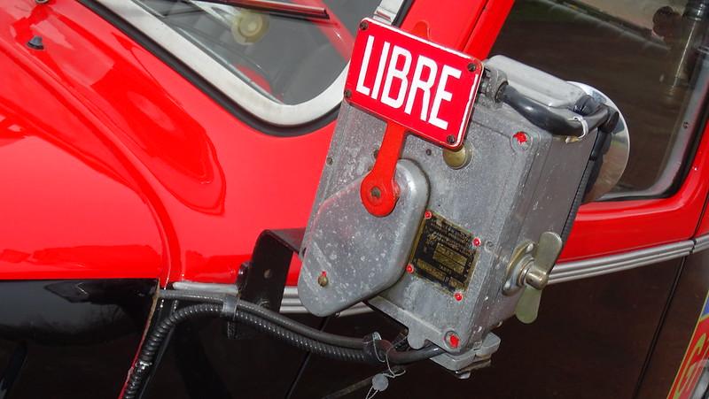 Citroen Traction 11B 1956 Taxi G7 - Saulx (91) Jan 2017 32325731555_db39839de7_c