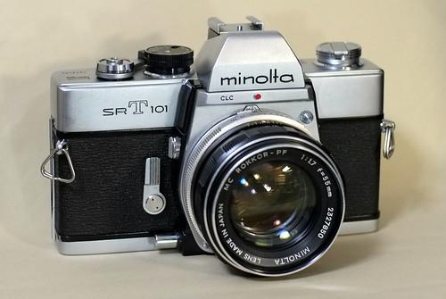 Minolta SRT-101
